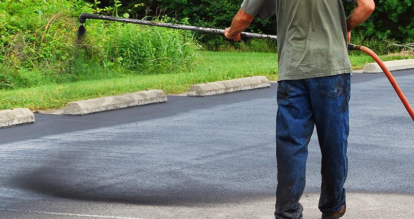 Rhode Island Westerly Stonington CT Driveway Sealing